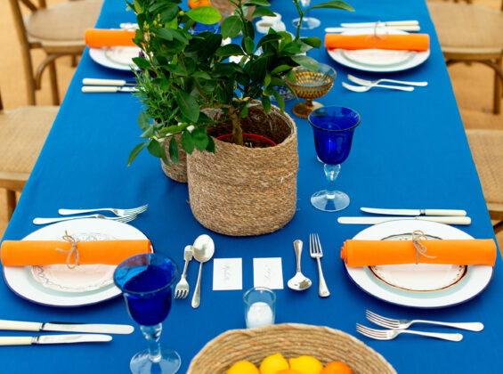 4 place settings with Mandarin Orange napkins